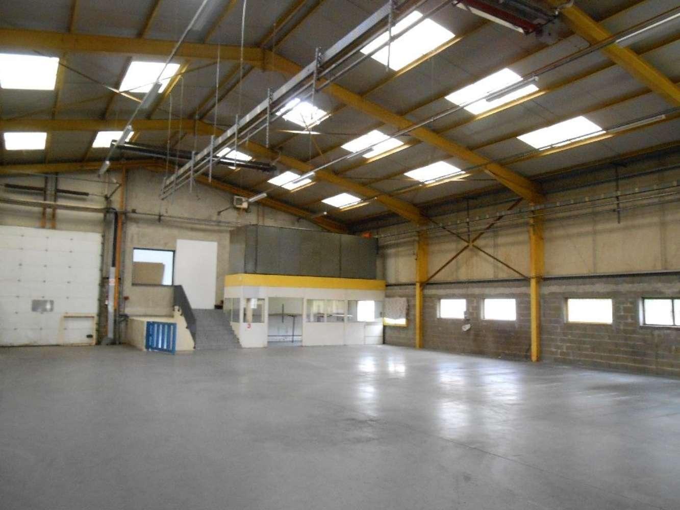 Activités/entrepôt Chassieu, 69680 - Entrepot à louer - Chassieu - Est Lyon - 9932875