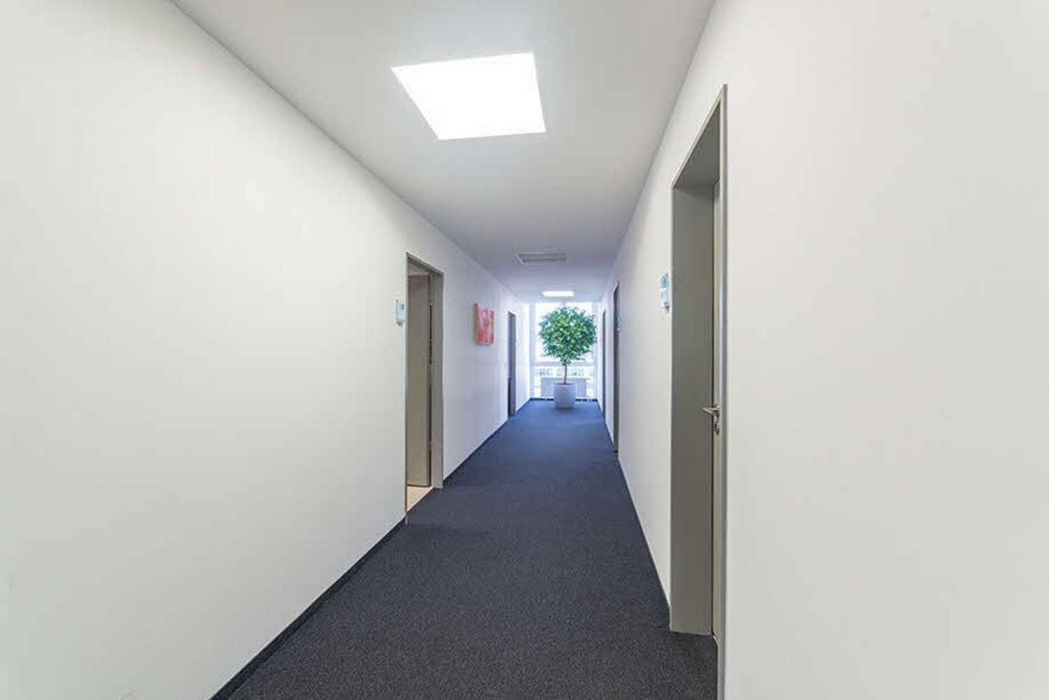 Büros Stuttgart, 70565 - Büro - Stuttgart, Vaihingen - S0017 - 9988510