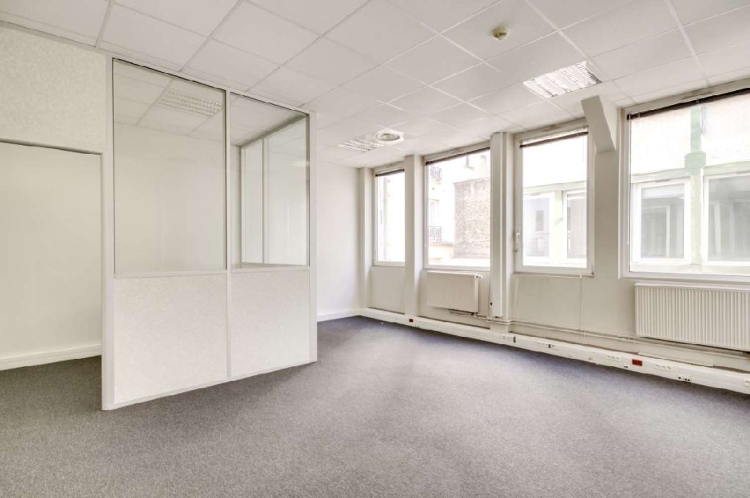 Bureaux Paris, 75011 - 110 AVENUE DE LA REPUBLIQUE - 9996043