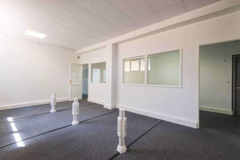 Activités/entrepôt Courbevoie, 92400 - 130-132 RUE DE NORMANDIE - 10009560