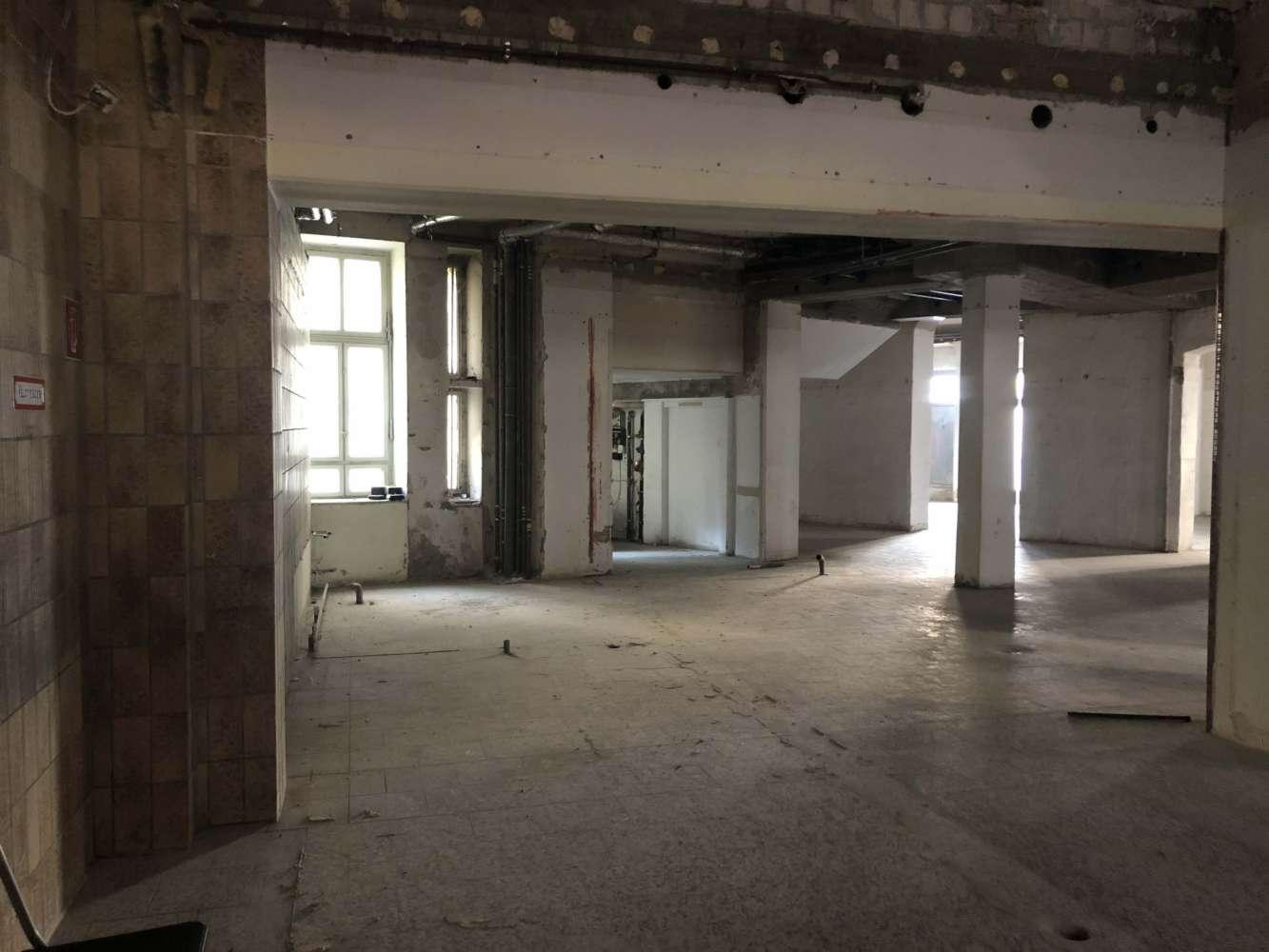 Hallen Berlin, 12043 - Halle - Berlin, Neukölln - B1668 - 10017268