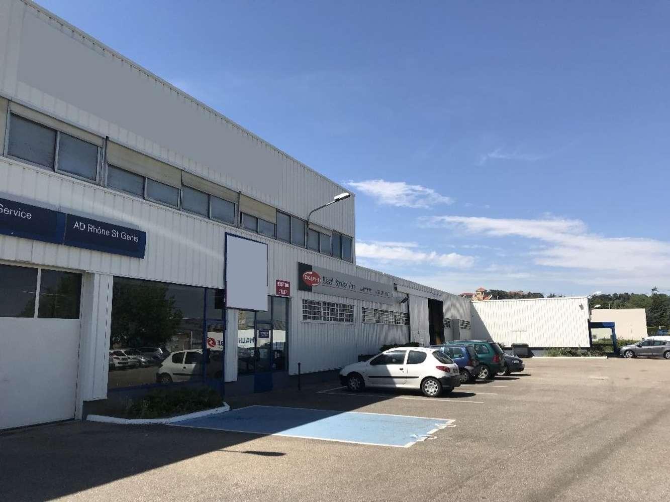Activités/entrepôt St genis laval, 69230 - Location bâtiment adapté négoce Lyon - 10029432