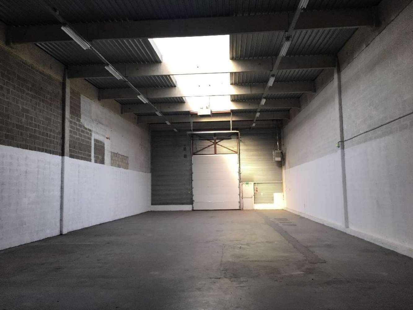 Activités/entrepôt Coignieres, 78310 - VAL ACTI OUEST - 10031753