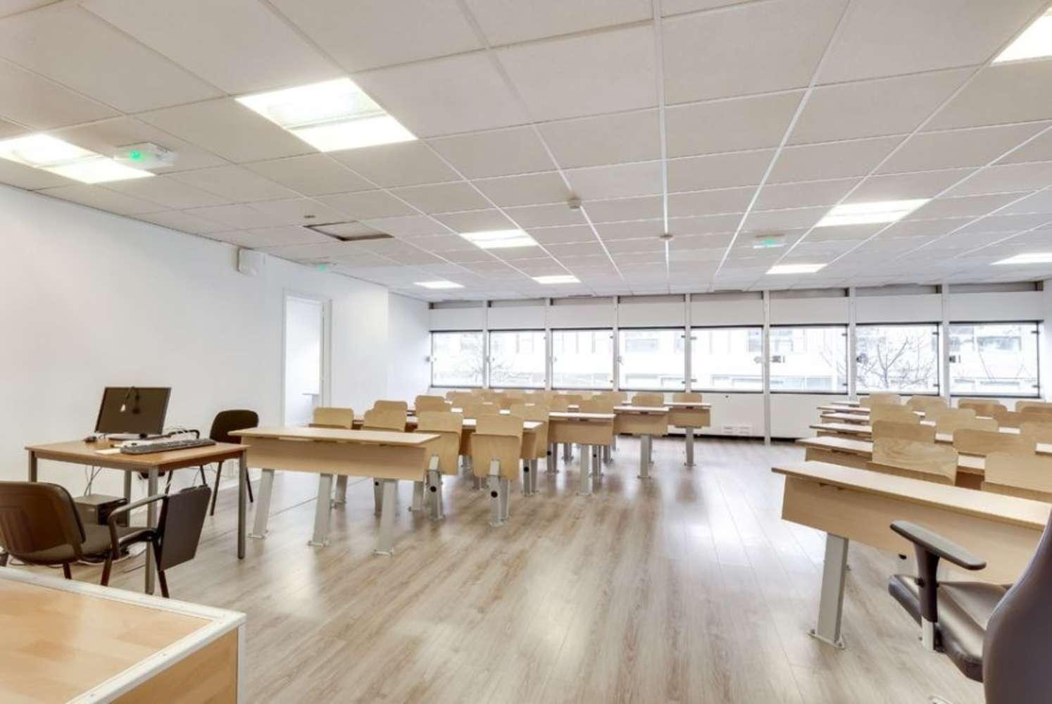Bureaux Paris, 75015 - 26 RUE EMERIAU - 10034303
