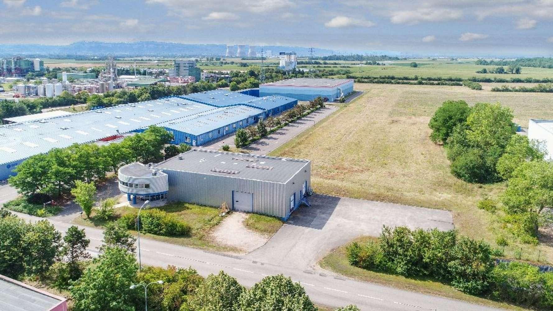 Activités/entrepôt Blyes, 01150 - Achat / Location batiment mixte Lyon Ain - 10035350