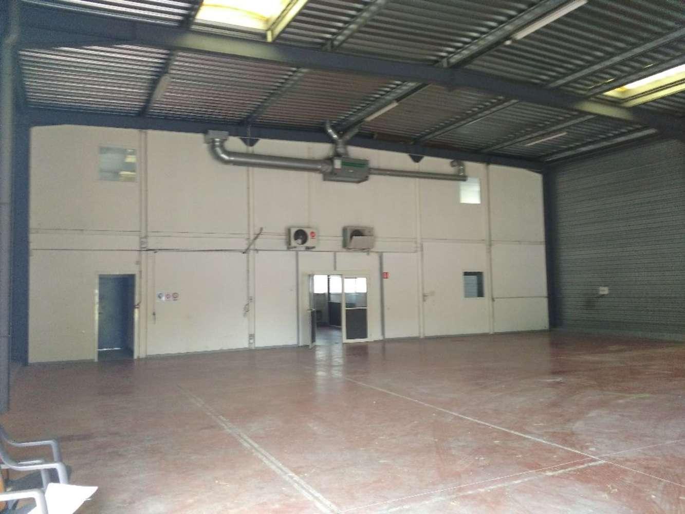 Activités/entrepôt Blyes, 01150 - Achat / Location batiment mixte Lyon Ain - 10035354