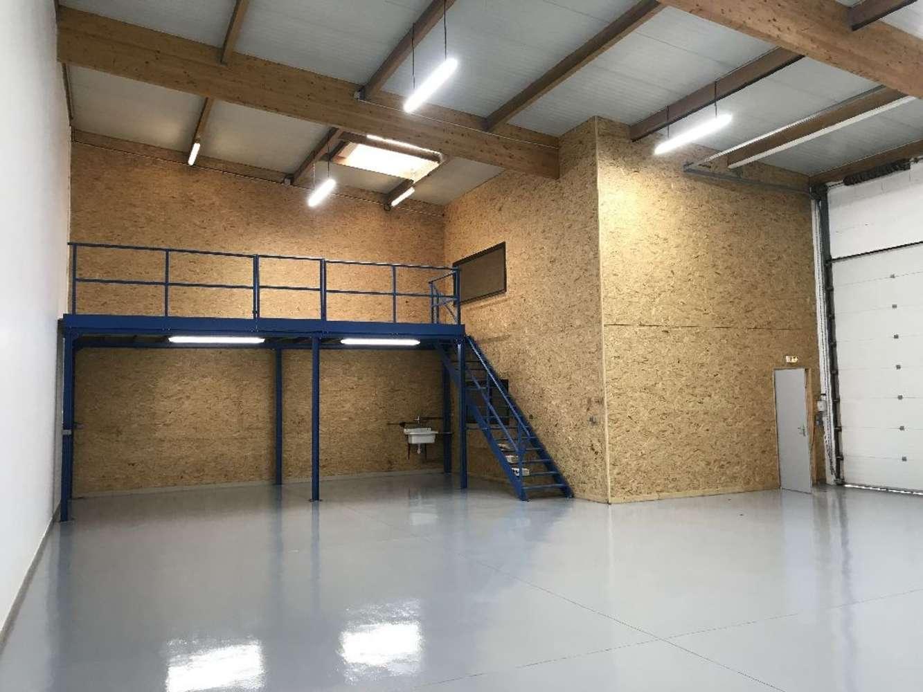 Activités/entrepôt Toussieu, 69780 - Locaux industriels à louer - Toussieu - 10056207