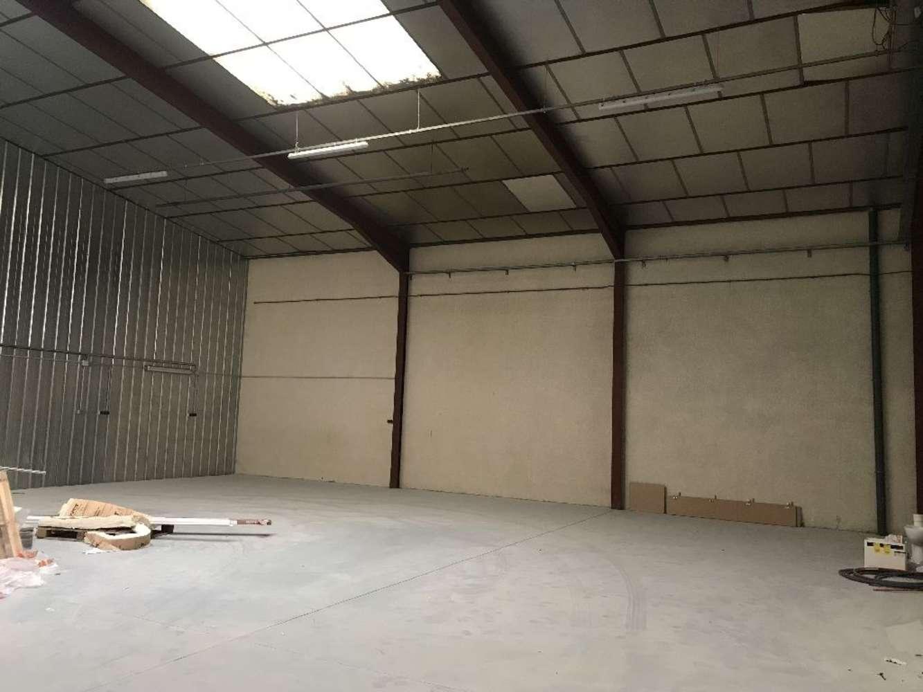 Activités/entrepôt St pierre de chandieu, 69780 - Location locaux d'activité - Rhône (69) - 10056276