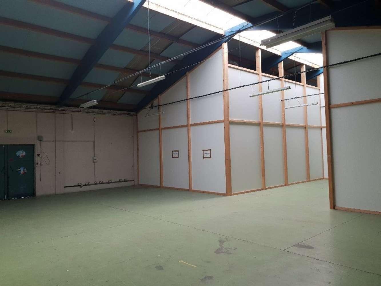 Activités/entrepôt Decines charpieu, 69150 - Location locaux d'activité Lyon Est - 10087609