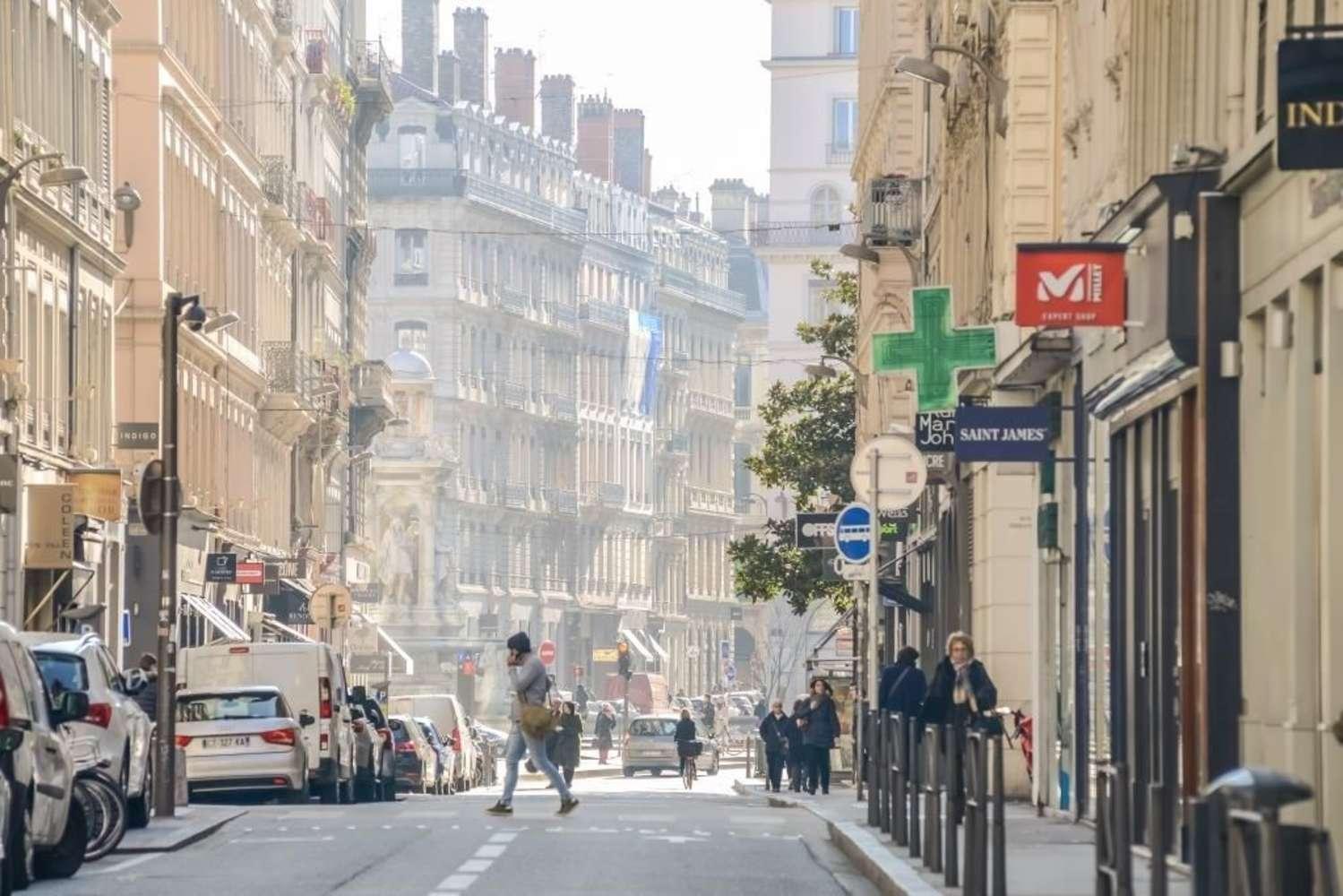 Commerces Lyon, 69002 -  RUE DE BREST - 10164130