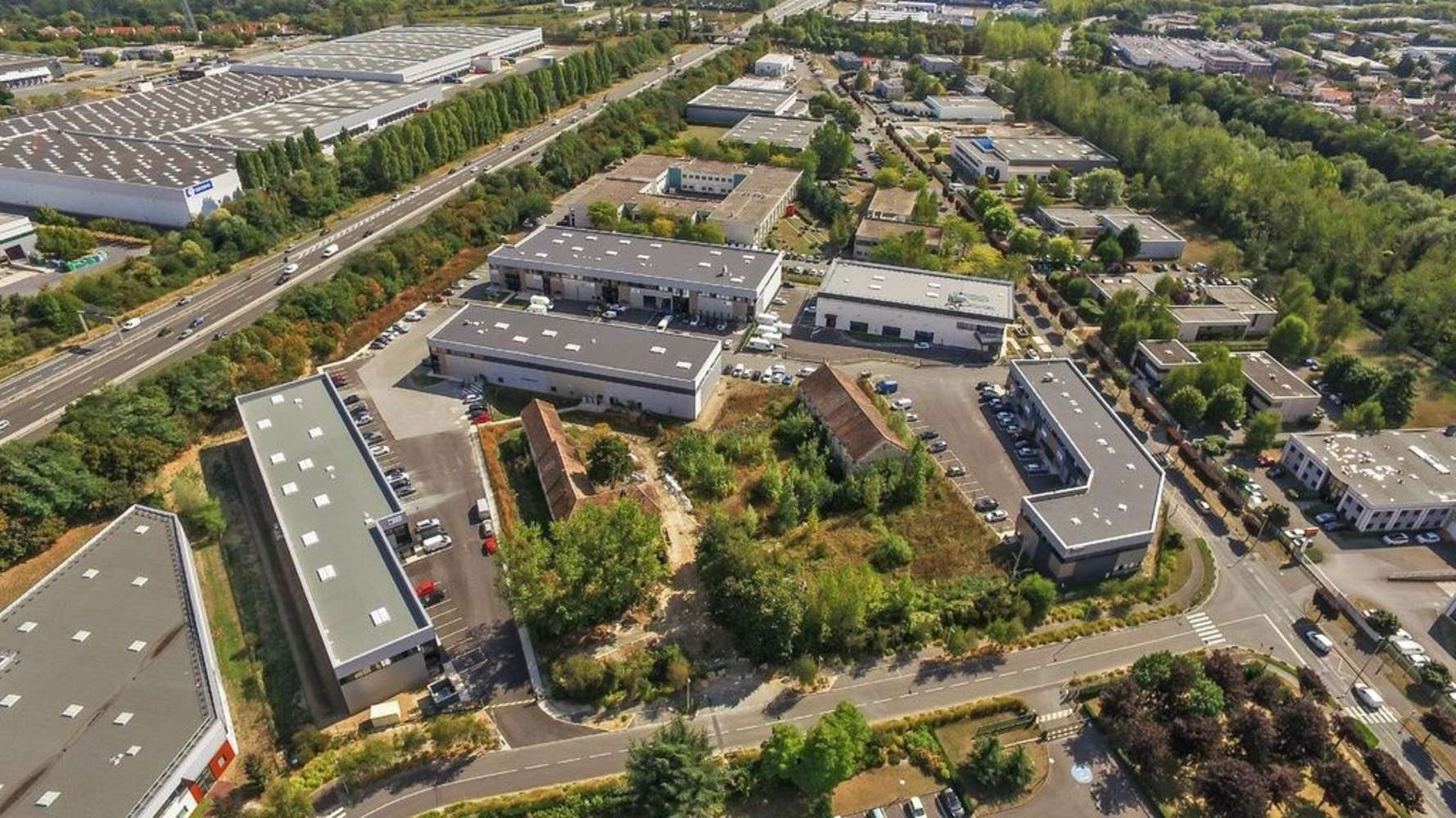 Activités/entrepôt Lisses, 91090 - LA FERME DU BOIS CHALAND - 10256358