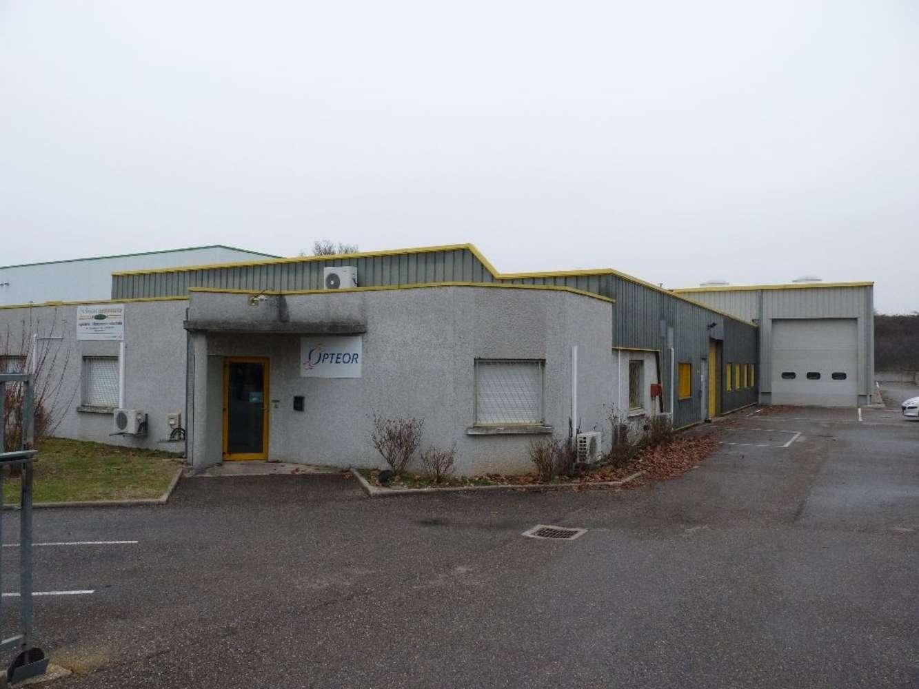 Activités/entrepôt St laurent de mure, 69720 - Entrepot à louer ou à vendre Lyon Est - 10261876