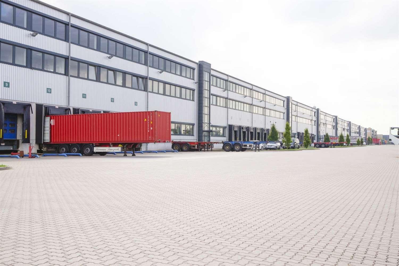 Hallen Hamburg, 21129 - Halle - Hamburg, Altenwerder - H0753 - 10318907