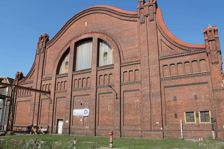 Hallen Dessau-roßlau, 06847 - Halle - Dessau-Roßlau, West - B0839 - 10321835