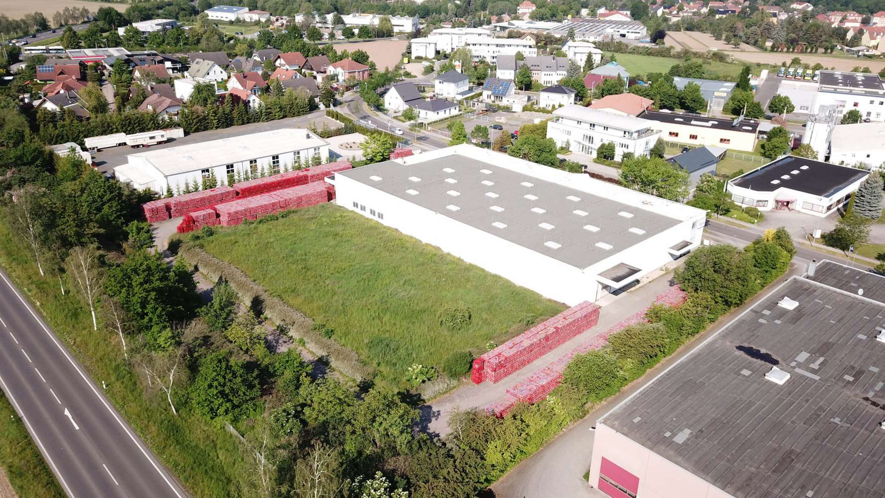 Hallen Zwenkau, 04442 - Halle - Zwenkau - B1721 - 10324821