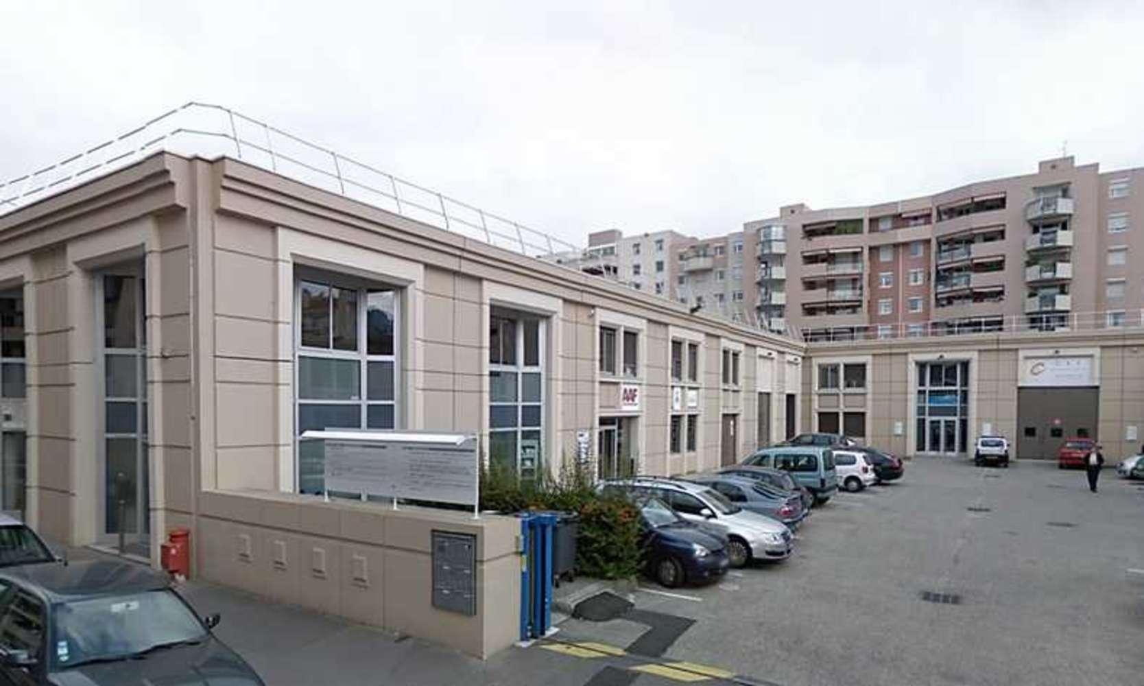 Activités/entrepôt Villeurbanne, 69100 - LOCATION LOCAUX D'ACTIVITÉ VILLEURBANNE - 10345857