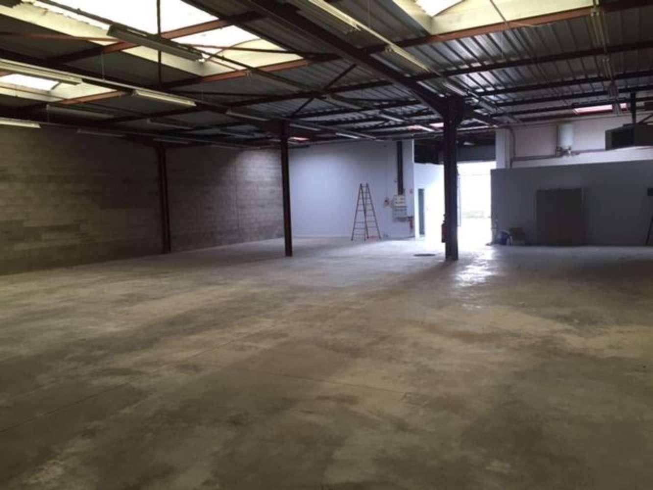Activités/entrepôt Bondoufle, 91070 - 20 RUE GUSTAVE MADIOT - 10351586
