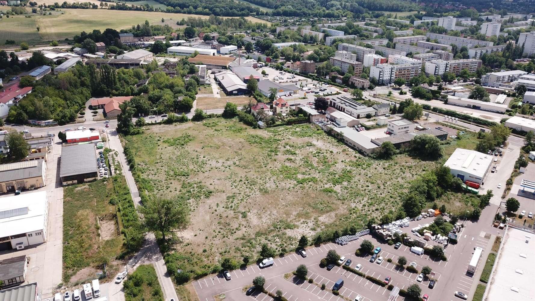 Hallen Halle (saale), 06118 - Halle - Halle (Saale), Trotha - B1750 - 10442988