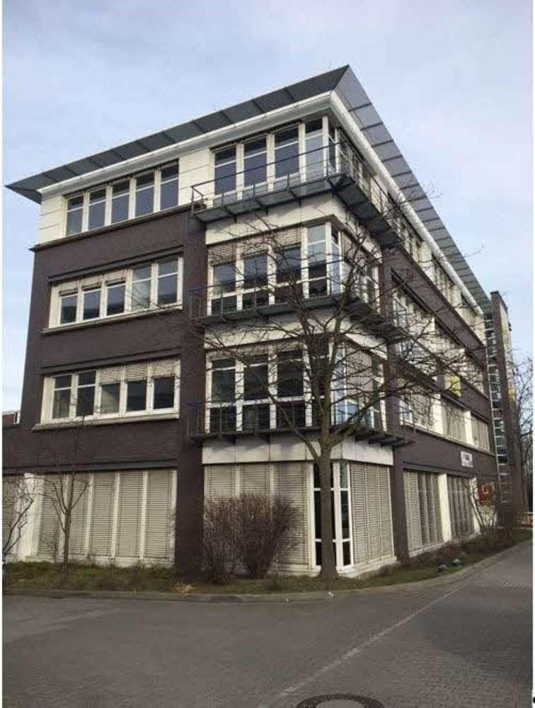 Hallen Berlin, 12623 - Halle - Berlin, Mahlsdorf - B1240 - 10468836