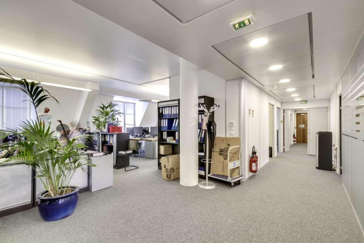 Bureaux Paris, 75009 - L'ILLUSTRATION - 10471466