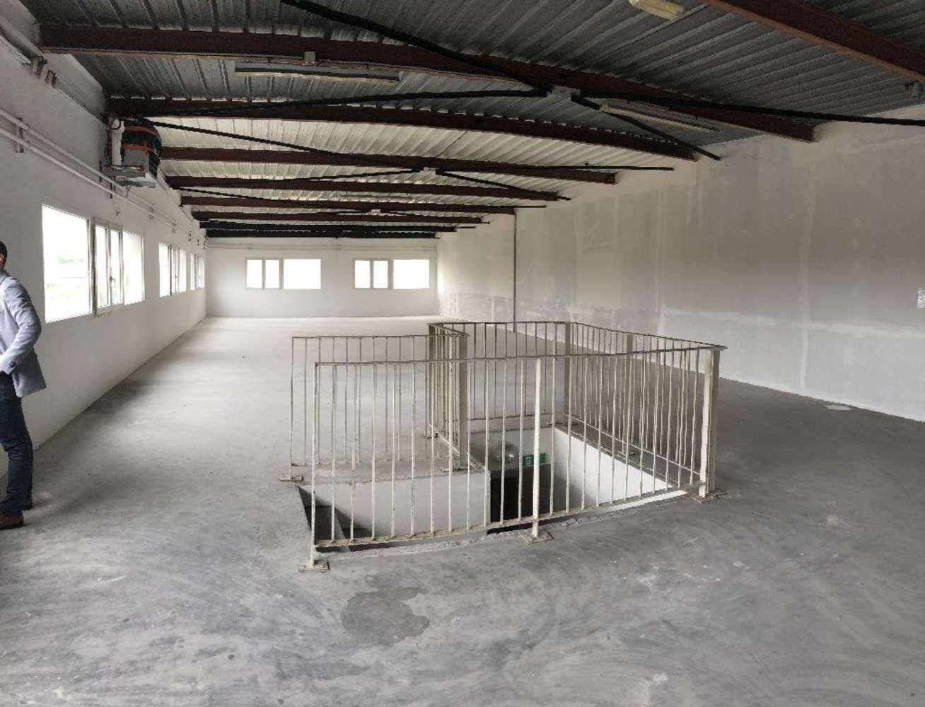 Activités/entrepôt Chilly mazarin, 91380 - 7 RUE AMPERE - 10475399
