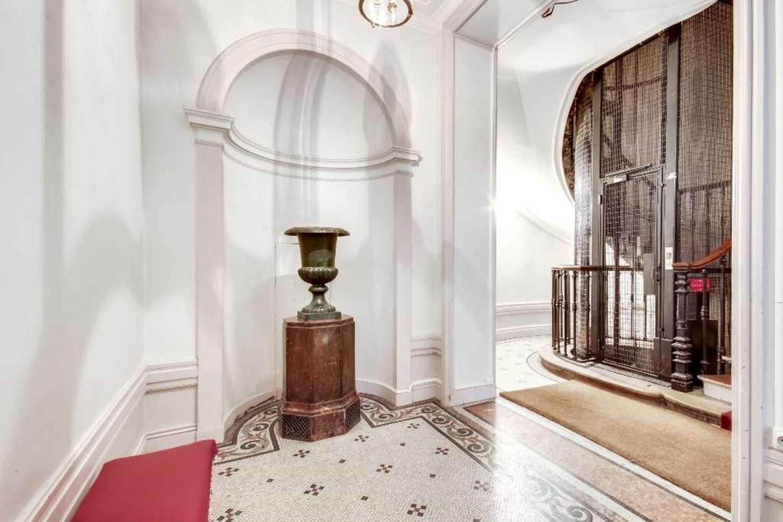 Bureaux Paris, 75010 - 110 RUE DU FAUBOURG POISSONNIERE - 10474541