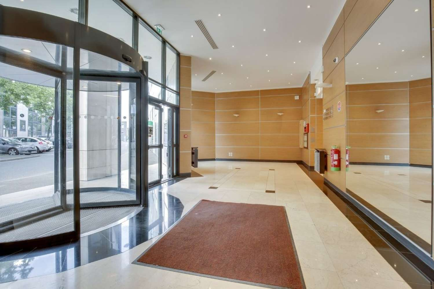 Activités/entrepôt Clichy, 92110 - LE CAPELLA - 10476250
