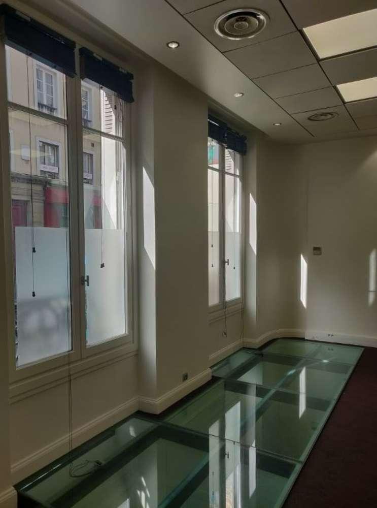 Bureaux Paris, 75008 - 12 RUE DE PENTHIEVRE - 10475927