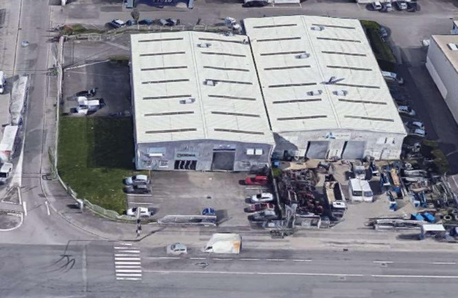 Activités/entrepôt Chassieu, 69680 - 29 AVENUE DES FRERES MONTGOLFIER - 10471952