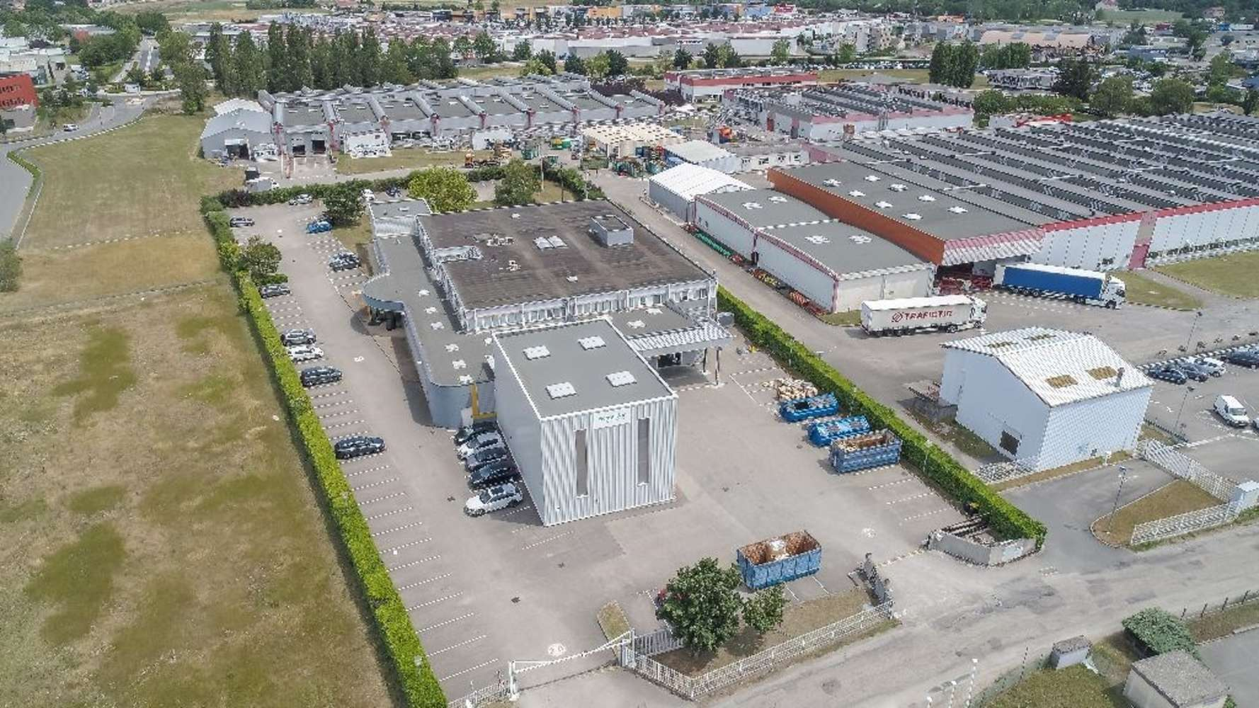Activités/entrepôt Beynost, 01700 - Entrepot à vendre Lyon Nord - Beynost - 10487679