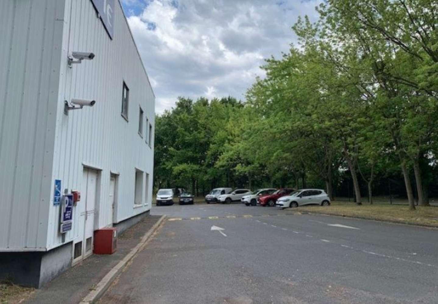 Activités/entrepôt Eragny, 95610 - PARC DES BELLEVUES - 10507925