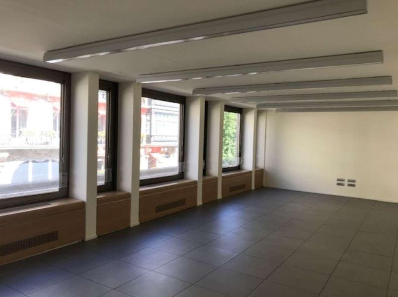Bureaux Paris, 75008 - 17-19 AVENUE MONTAIGNE - 10507932