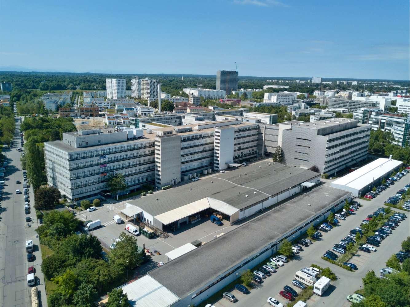 Hallen München, 81379 - Halle - München - M0141 - 10540466