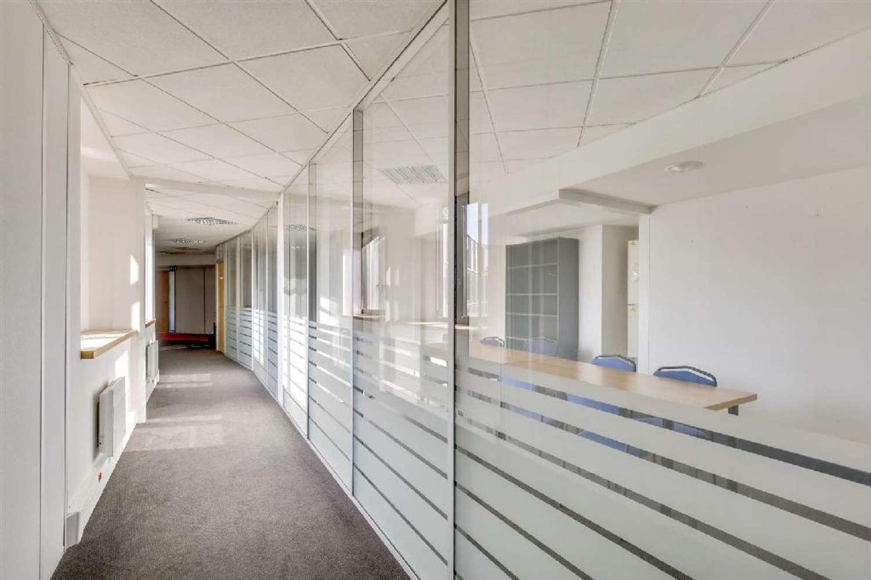 Bureaux Montigny le bretonneux, 78180 - CAMBRIDGE - 10590385