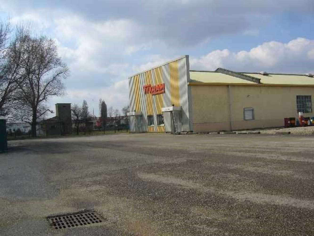 Activités/entrepôt Chassieu, 69680 - BATIMENT D'ACTIVITE - 10629217
