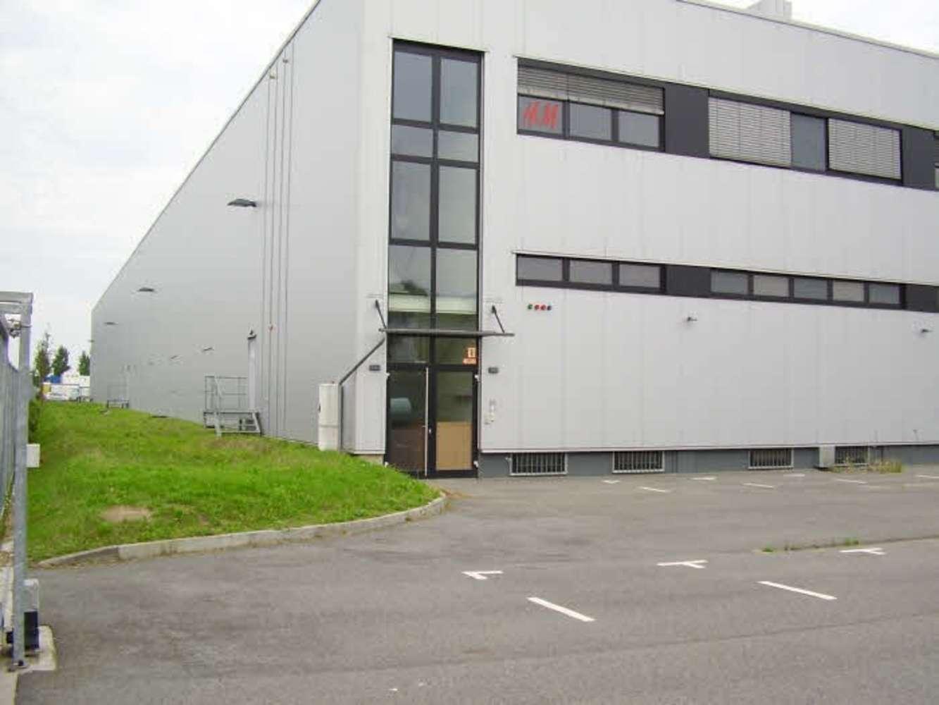 Hallen Berlin, 13591 - Halle - Berlin, Spandau - B0132 - 10641793