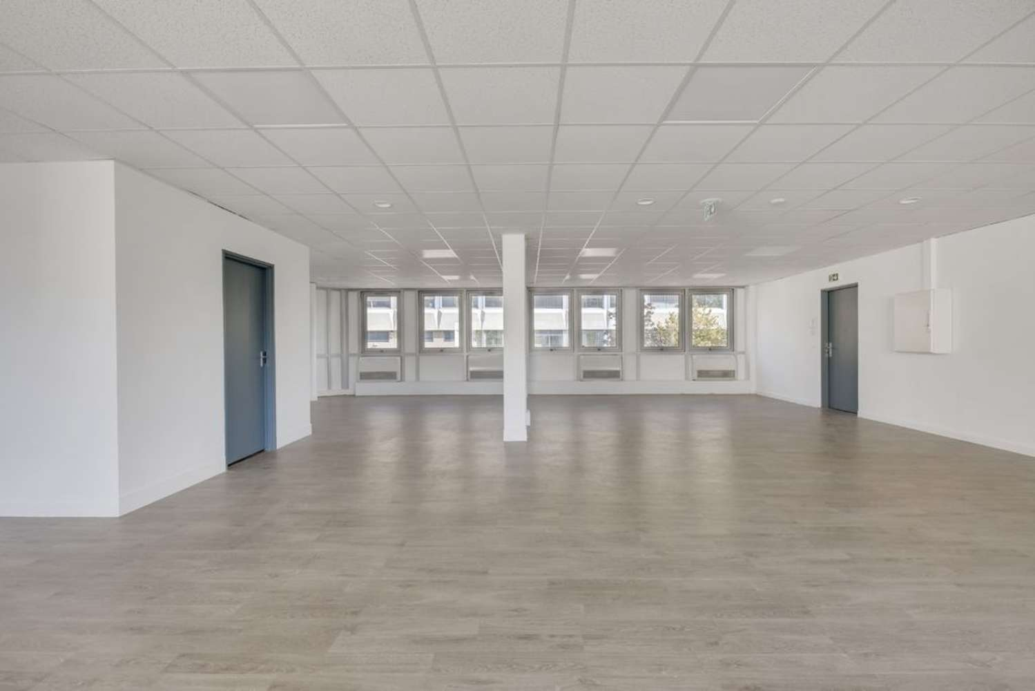 Bureaux Nanterre, 92000 - 64 RUE ERNEST RENAN - 10642494