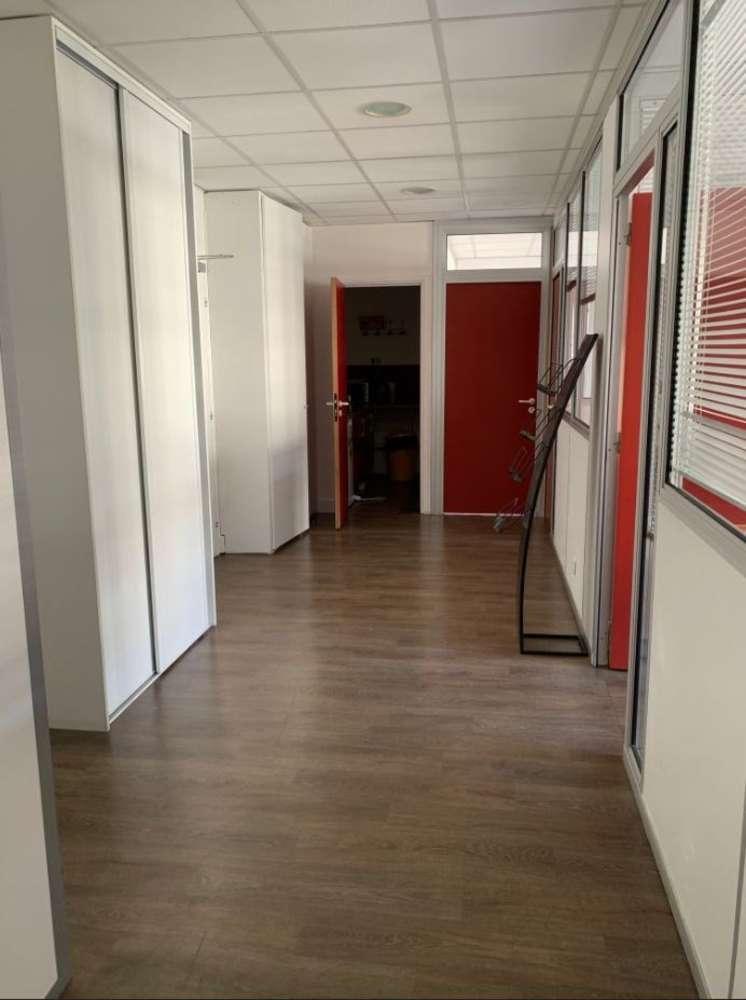 Bureaux Clichy, 92110 - 16 RUE HENRI BARBUSSE - 10642571