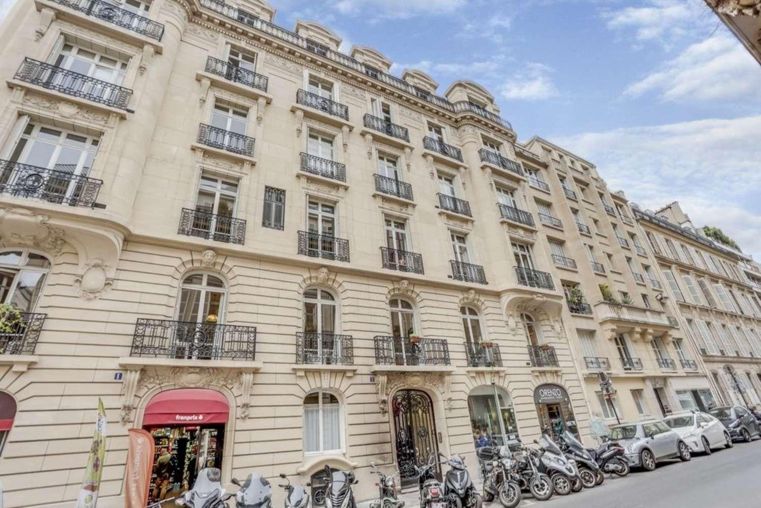Bureaux Paris, 75008 - 1-3 RUE DE PENTHIEVRE - 10648454