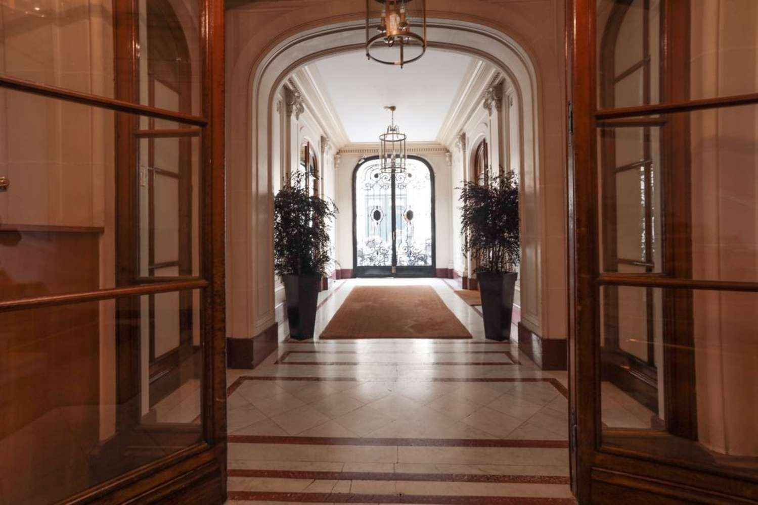 Bureaux Paris, 75008 - 1-3 RUE DE PENTHIEVRE - 10649836