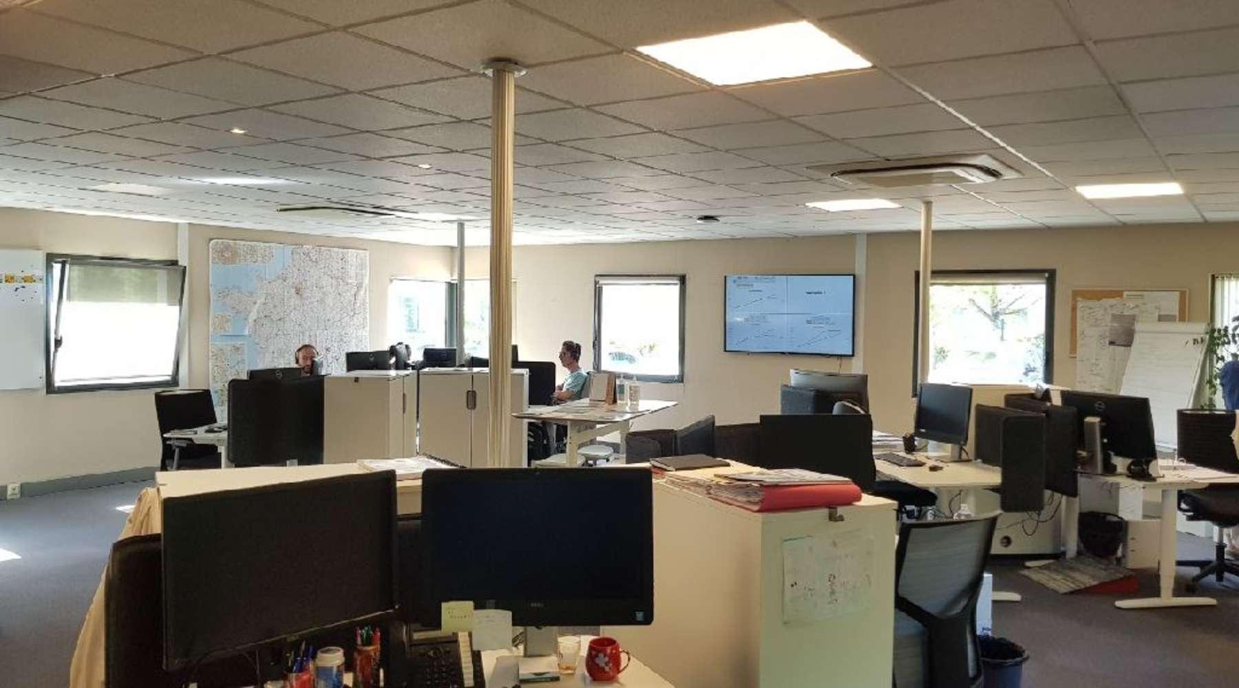 Bureaux Neyron, 01700 - BATIMENT MIXTE À LOUER - AIN / LYON - 10828194
