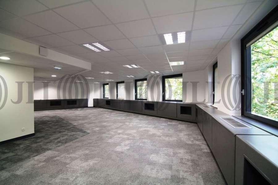bureaux louer le president 69003 lyon 50166 jll. Black Bedroom Furniture Sets. Home Design Ideas