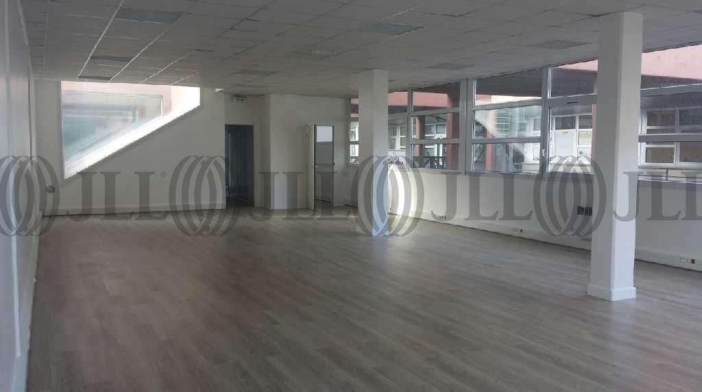 bureaux louer les ateliers nouveaux 93210 la plaine st. Black Bedroom Furniture Sets. Home Design Ideas