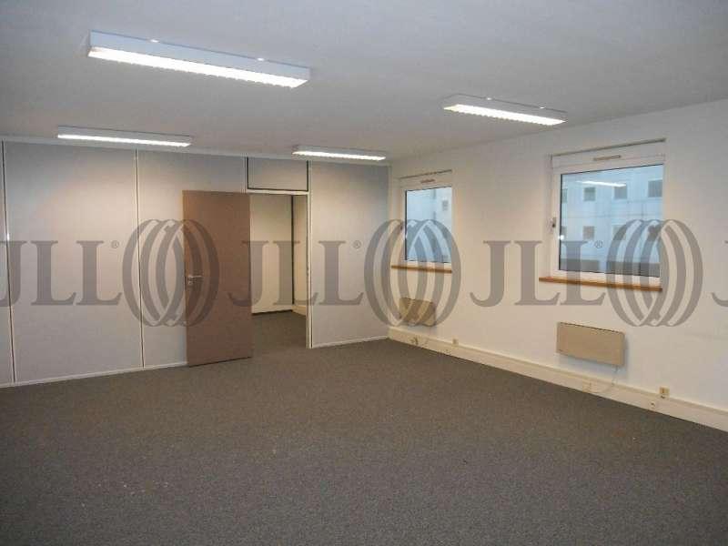 bureaux louer le galaxie 69003 lyon 44054 jll. Black Bedroom Furniture Sets. Home Design Ideas