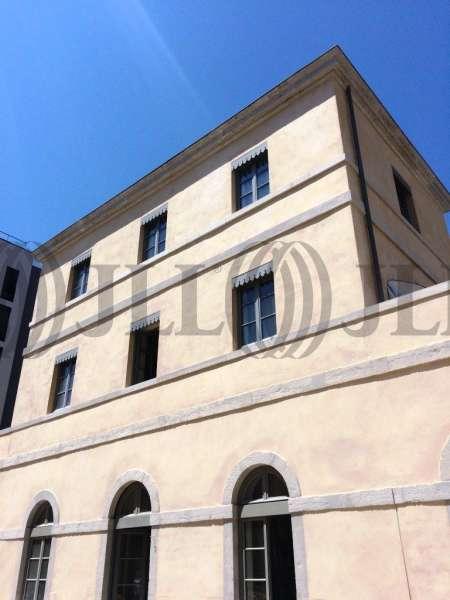 Bureaux louer 12 quai perrache 69002 lyon 50106 jll - Bureau de change lyon sans commission ...