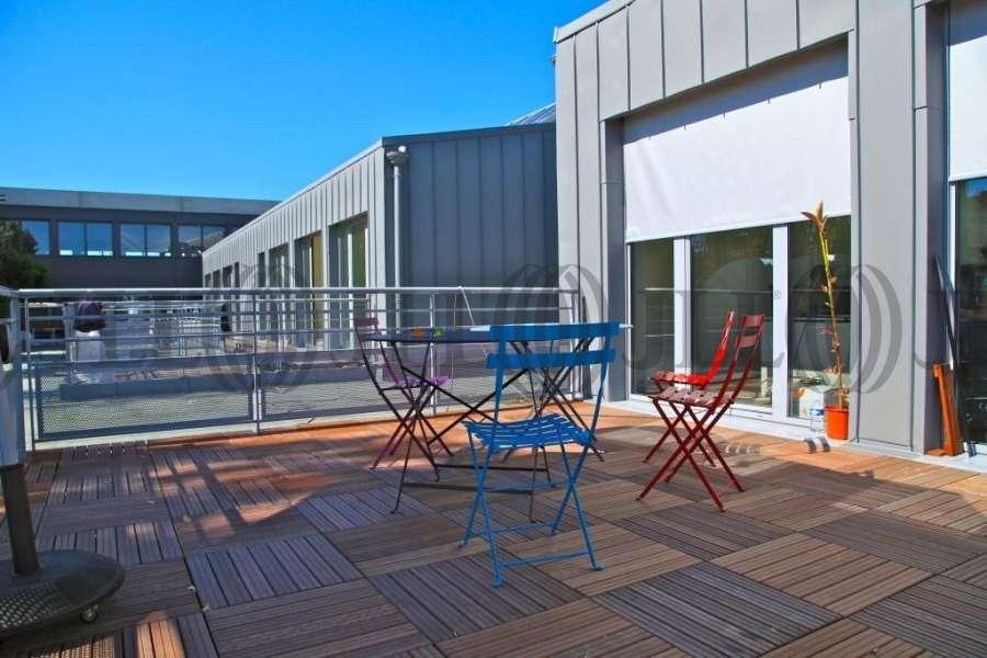 bureaux louer vendre greenopolis 69009 lyon 41637 jll. Black Bedroom Furniture Sets. Home Design Ideas