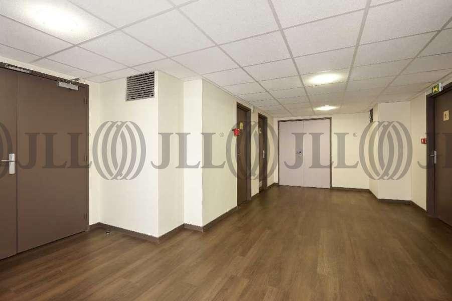 bureaux louer tour orion 93100 montreuil 6386 jll. Black Bedroom Furniture Sets. Home Design Ideas