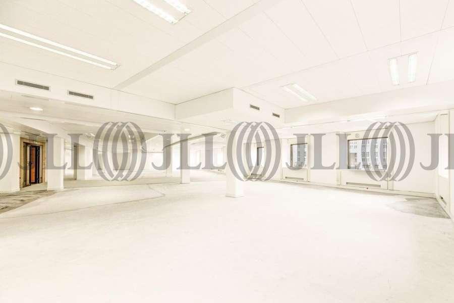 Bureaux à louer à PARIS 75014 - 10-18 PLACE DE CATALOGNE 4