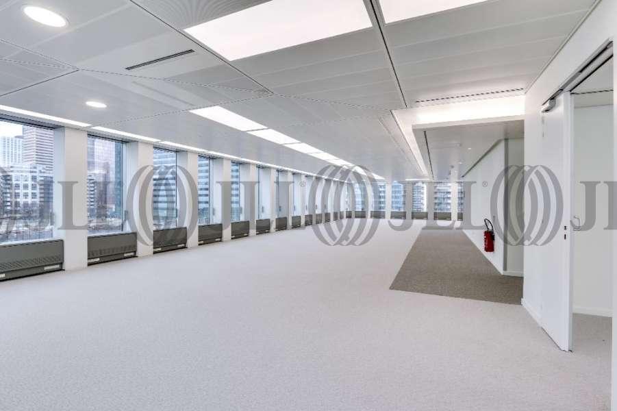 bureaux louer tour initiale 92800 puteaux 4235 jll. Black Bedroom Furniture Sets. Home Design Ideas