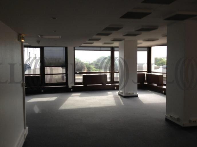 bureaux 224 louer les bureaux de la colline 92210 st cloud 26742 jll